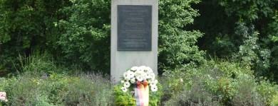 Gedenkstele für den gebürtigen Magdeburger Henning von Tresckow