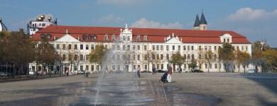 Der Landtag an einem sonniger Herbsttag