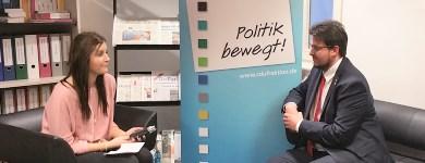 Interview mit einem studentischen Projekt zur aktuellen Lage in der Bundespolitik