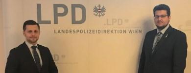 Mit meinem Landtagskollegen Chris Schulenburg bei der Landespolizeidirektion Wien.
