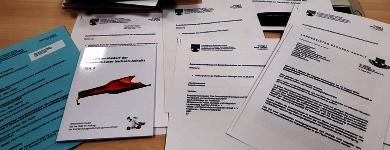 Unterlagen lesen gehört auch zur Ausschussarbeit