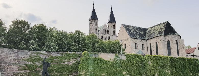 Blick auf das Kloster Unser Lieben Frauen vom Schleinufer