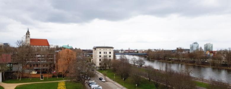 Blick auf Elbe und Stadtzentrum