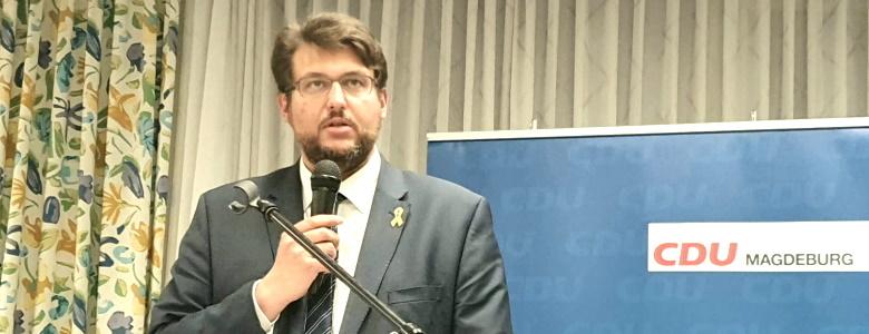 Tobias Krull bei einer Rede auf dem Parteitag